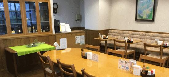 朝食と夕食は専用食堂で!